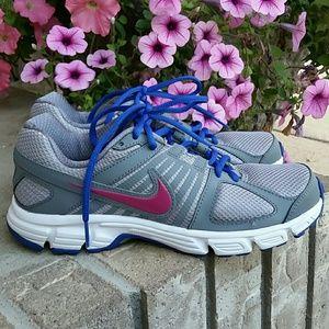 Nike running shoes Downshifte 5 women's sneakers
